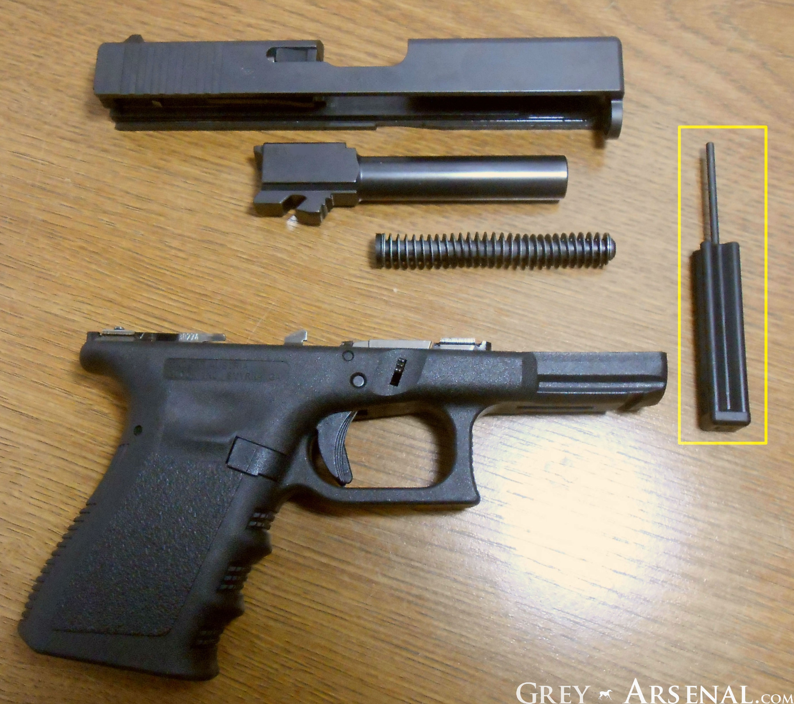 Glock 19 Gen 3 Erratic Ejection, a/k/a Brass To Face. *FIXED 5/20 ...